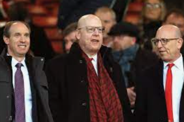 """""""The Glazer family"""" sold another 8% of the Manchester United into their own pockets"""